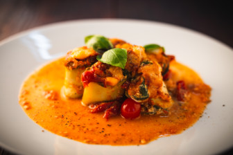 Zucchini-Cannelloni mit Ricotta-Spinat-Füllung
